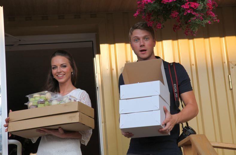 Dainininkė E. Anusauskaitė  su vyru Adamu atskleidė savo vestuvių Lietuvoje detales
