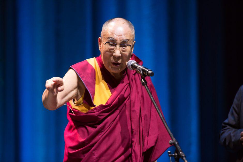 """Dalai Lamos paskaita """"Siemens"""" arenoje"""