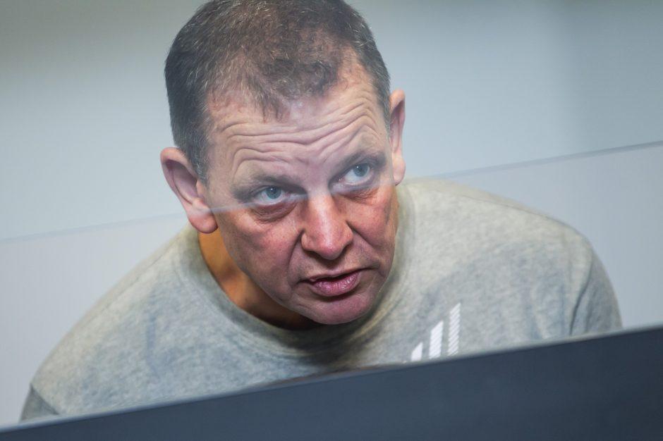 Prieš teismą stojo žiauria žmogžudyste įtariamas H. Daktaro gaujos narys