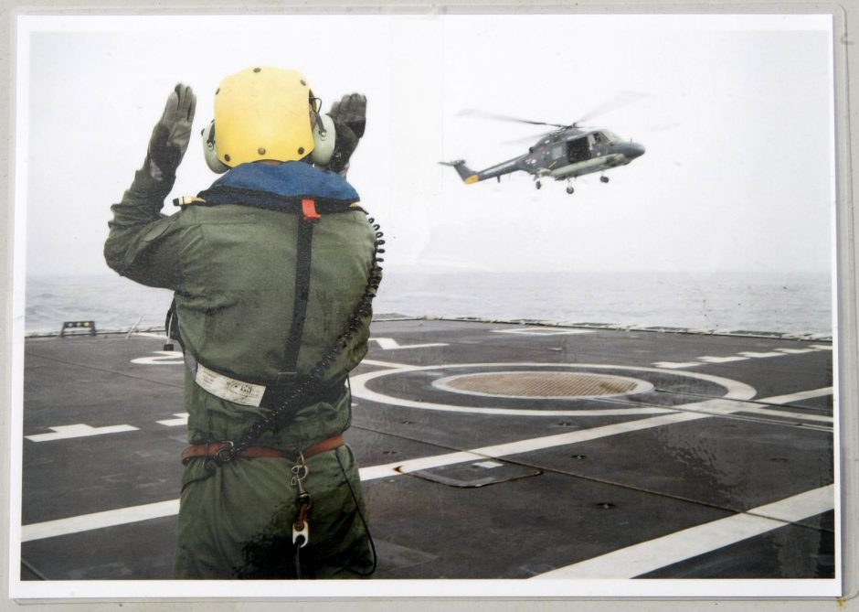 Klaipėdiečiai užplūdo į uostą užsukusius NATO laivus