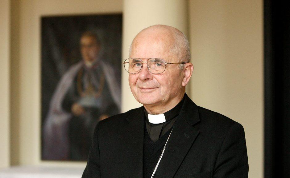 S. Tamkevičius: socialiniai tinklai yra Dievo dovana (interviu)