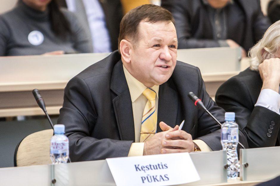 Seime – pasiūlymai K. Pūkui pradėti apkaltą ir net patikrinti jo sveikatą