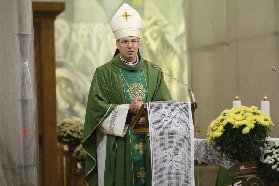 Bažnyčioje Šv. Mišias aukojo naujasis Telšių vyskupas