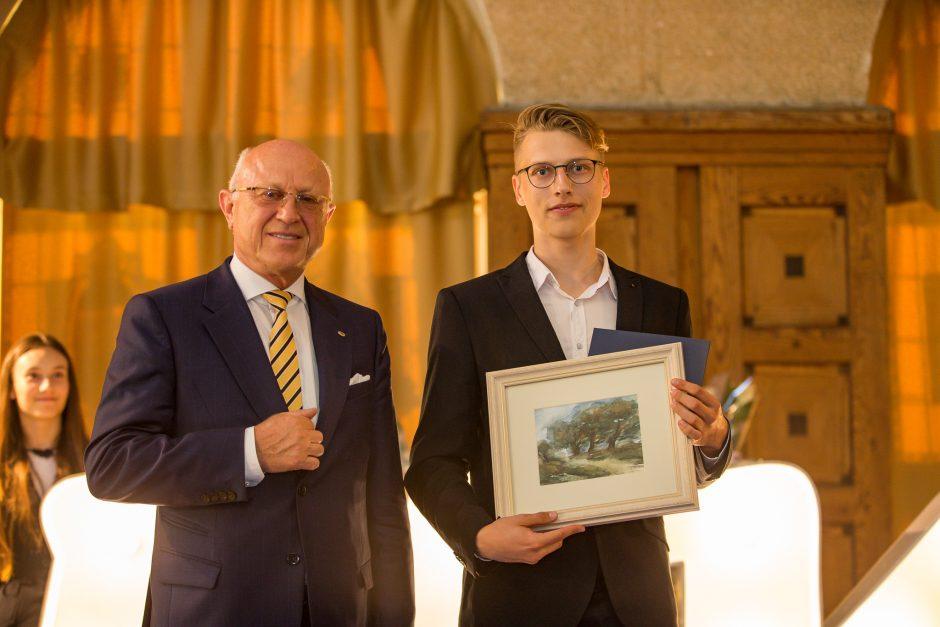 Klaipėdos licėjus: naujas skrydis į aukštį
