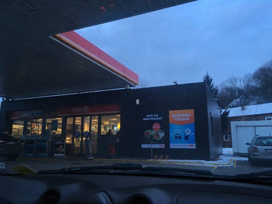 """Kaunietis stebisi: degalinė """"Circle K"""" išrado vasario 30 dieną"""