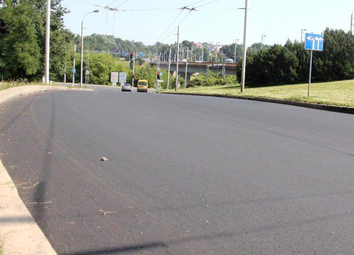 Pabaigti nuovažos nuo Varnių tilto remonto darbai