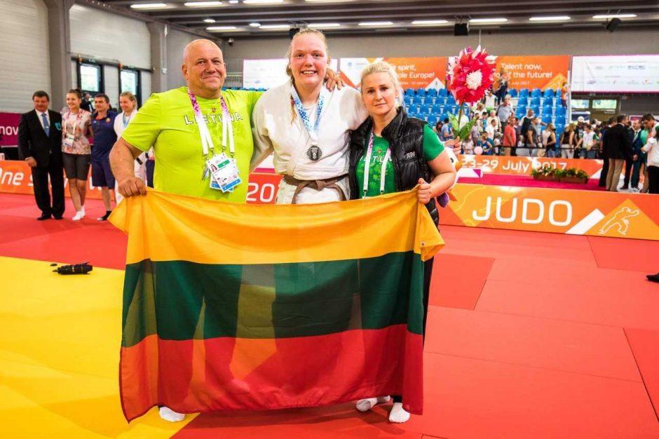 Italų akibrokštas: Lietuvos sportininkės garbei – LTSR himnas
