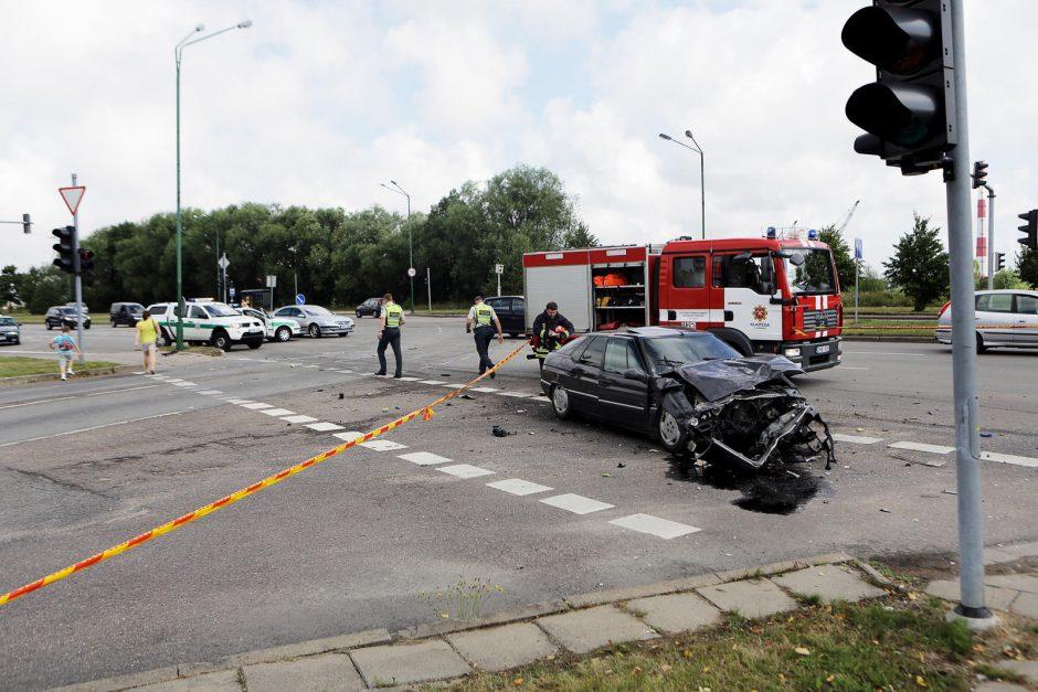Klaipėdoje - tragiška avarija: žuvo du žmonės
