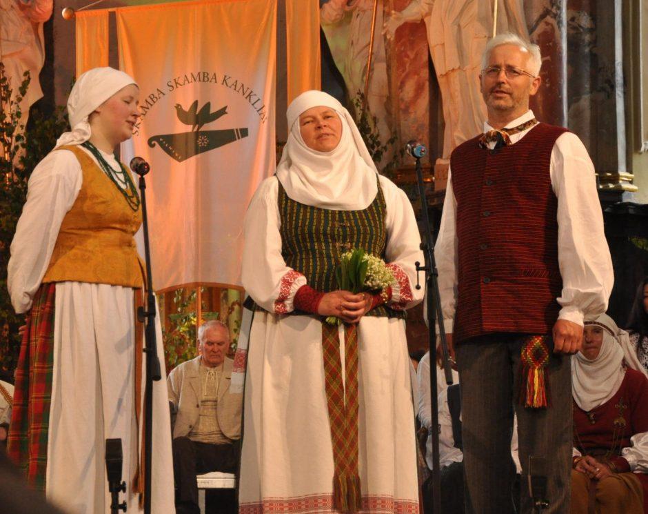 Klaipėdos etnokultūros centre koncertuos folkloristų šeima iš Aukštaitijos