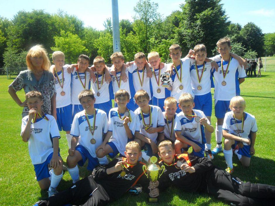 Uostamiesčio jauniesiems futbolininkams atiteko sidabras