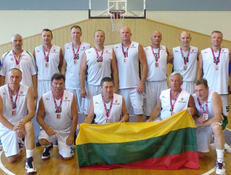 Serbų muitinę įveikė krepšinio burtažodžiu
