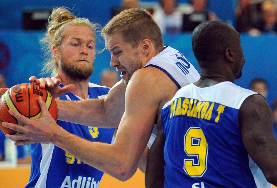 Suomiai laimėjo antrą mačą iš eilės ir tapo grupės lyderiais