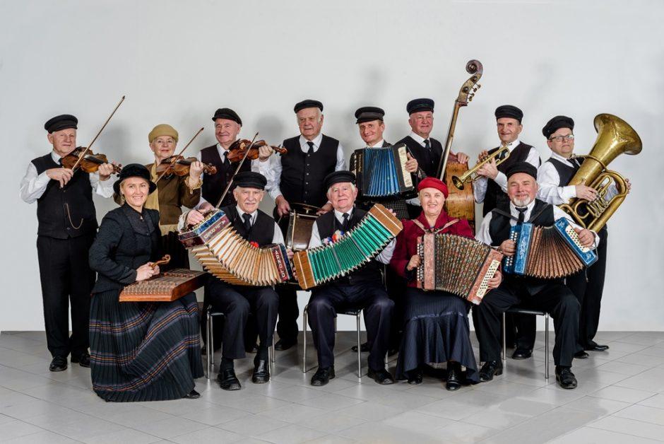"""""""Senolių"""" ansamblis surengs šventinį koncertą"""