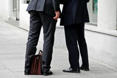 Parlamentarai aiškinsis, kodėl ministerijos perka tik vienos audito kompanijos paslaugas