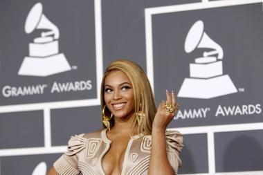 Beyonce pelnė šešis