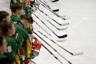 Lietuvos jaunieji ledo ritulininkai išvyksta į Pasaulio čempionatą