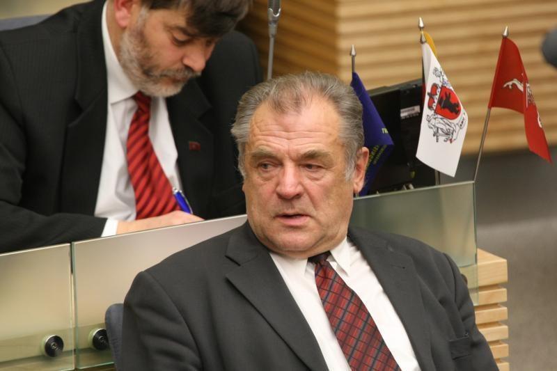 J.Veselka siūlo finansiškai bausti Seimo narius už blogus įstatymus