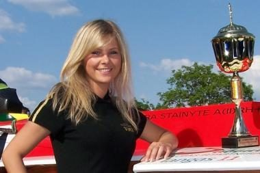 L.Stainytė - motorlaivių sporto gražuolių vicečempionė