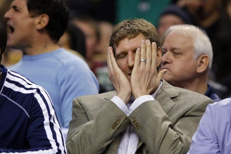 """NBA: """"Mavericks"""" ir toliau pralaimi paskutinėms sekundėmis"""