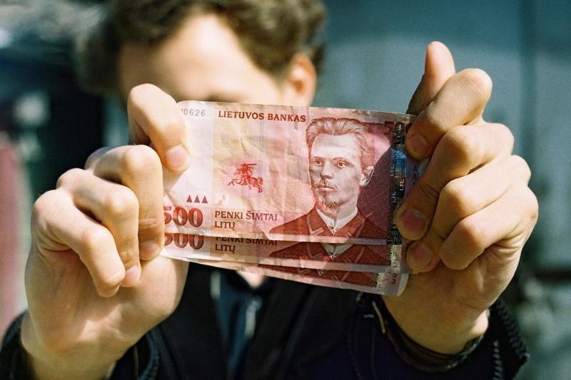 Iš Panevėžio sporto klubo vadovo konfiskuotas milijonas
