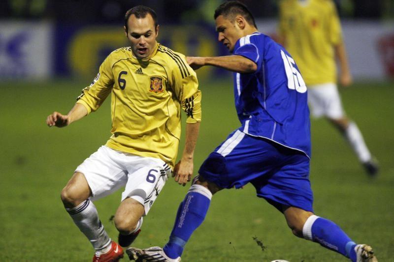 Geriausiu 2011-2012 m. Europos futbolininku išrinktas A.Iniesta