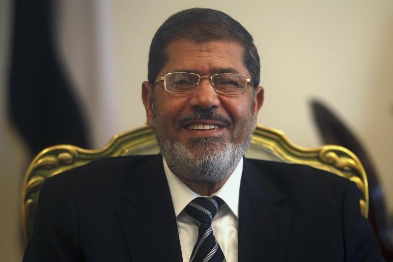 Egipte vis dar stringa referendumas dėl naujosios konstitucijos