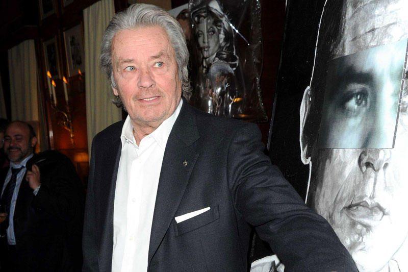 Prancūzų kino legenda Alainas Delonas paguldytas į Paryžiaus ligoninę