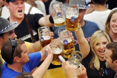Alkoholio vartojimo įpročius lemia šalies kultūra