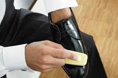 Vyrai batus blizgina dažniau nei moterys