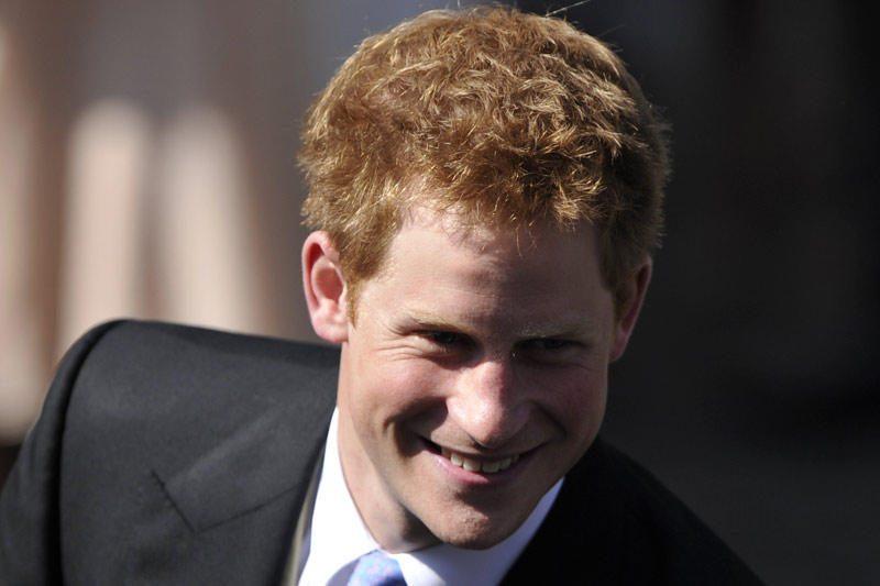 Princas Harry įgijo atakos sraigtasparnio piloto kvalifikaciją