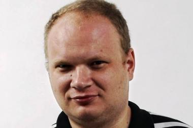 Sumušto Rusijos žurnalisto Kašino būklė labai pamažu gerėja