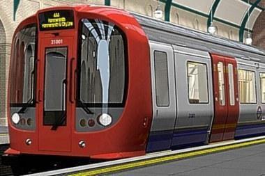 Anglijoje per traukinio avariją sužeisti 18 žmonių, dviejų būklė kritinė