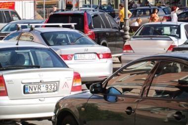 """""""Regitra"""" neperregistruotą transporto priemonę išregistruos automatiškai"""