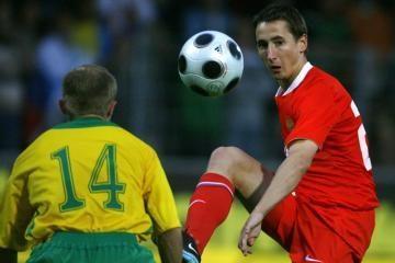 Dėl vietos senojo žemyno 19-mečių futbolo pirmenybių finale kovos Ispanijos ir Prancūzijos ekipos