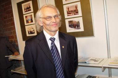 V.Žulkus – vieno iš UNESCO komiteto narys