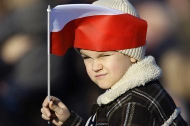 Lenkijos politikų baimė: lenkų jaunimas Lietuvoje bus sulietuvintas
