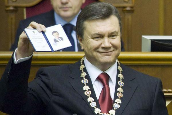 D.Grybauskaitė pasveikino V.Janukovyčių 60-mečio proga
