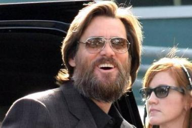 Holivudo komikas J.Carrey išsiskyrė su gyvenimo drauge McCarthy