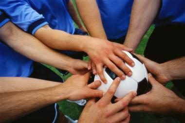 Jaunieji futbolininkai stažuosis Edinburge