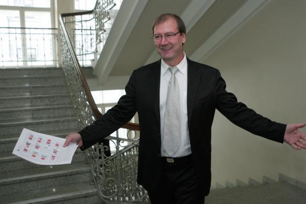 Oficialu: V.Uspaskichas sieks Vilniaus mero posto