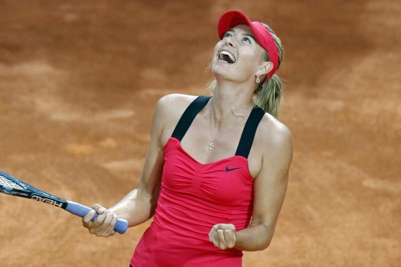 M.Šarapovai - tarptautinio teniso turnyro Italijoje nugalėtojos laurai