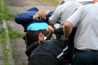 Kauno policijai įkliuvo du nepilnamečiai mašinvagiai