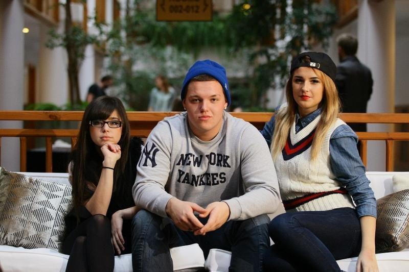 Trys vienas kito negalintys pakęsti jaunuoliai tapo išskirtine grupe