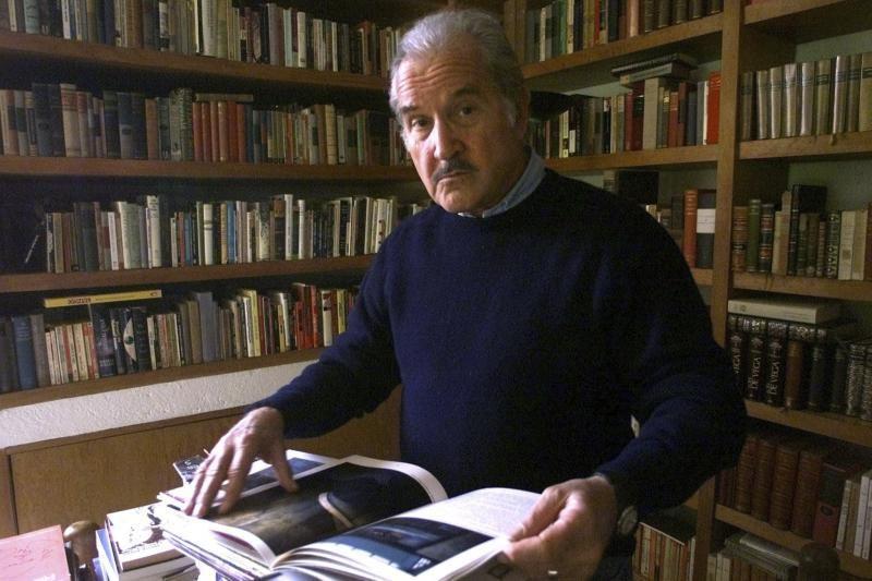 Mirė meksikiečių rašytojas Carlosas Fuentesas