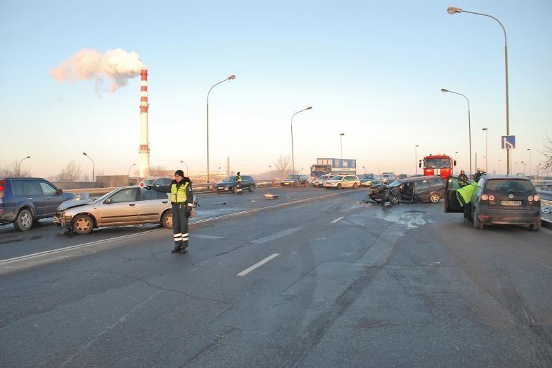 Kai kuriomis Klaipėdos gatvėmis vairuotojams leis važiuoti greičiau