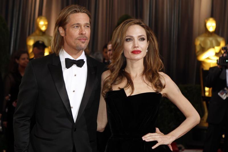Pirmoji A.Jolie ir B.Pitto vyno partija išparduota per kelias valandas