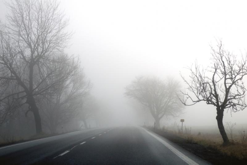 Kelininkai įspėja: naktį eismo sąlygas sunkins rūkas