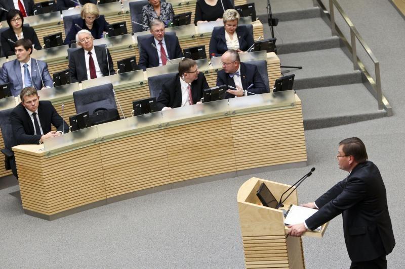 Seimo pirmininkas nemato reikalo įteisinti parlamentarų atostogų