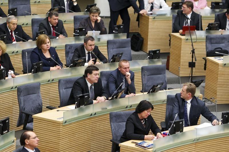 Seimas atmetė projektą dėl išmokų seniūnaičiams