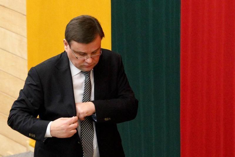 Seimo pirmininkas dėkojo žuvusių laisvės gynėjų artimiesiems